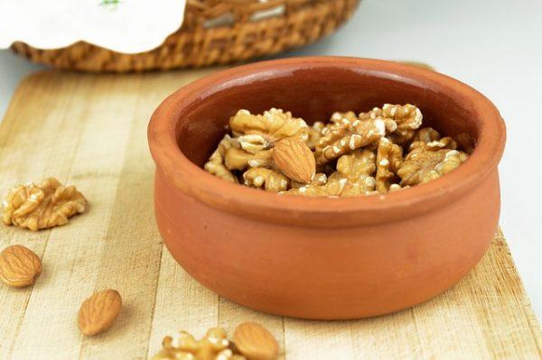 Semințe și Nuci