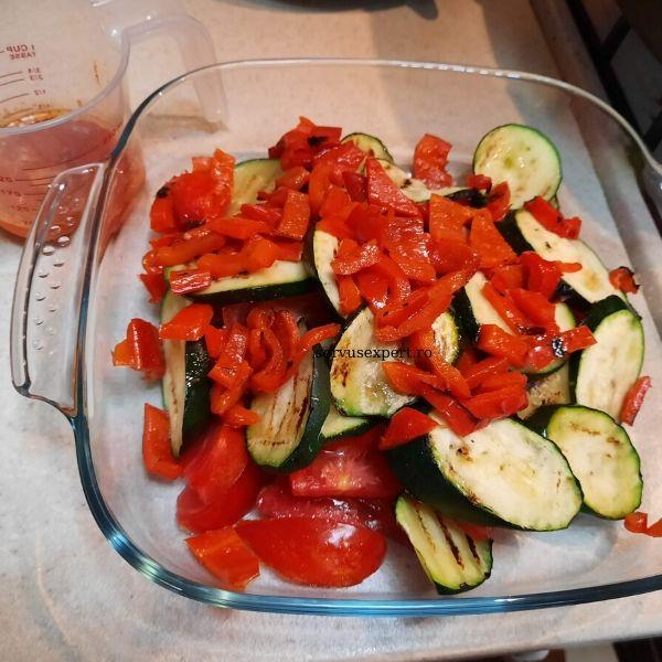somon cu legume la grătar