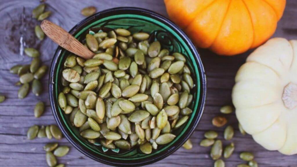 10 alimente bogate in proteine seminte de dovleac