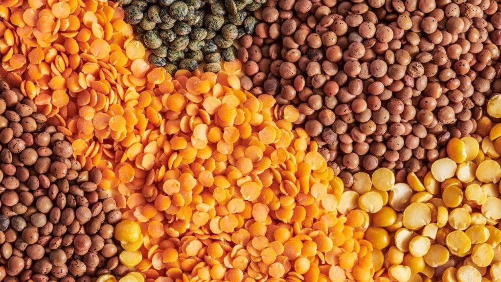 10 alimente bogate in proteine linte